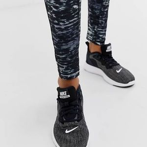 Nike Legend Dri-FIT cropped Capri Leggings